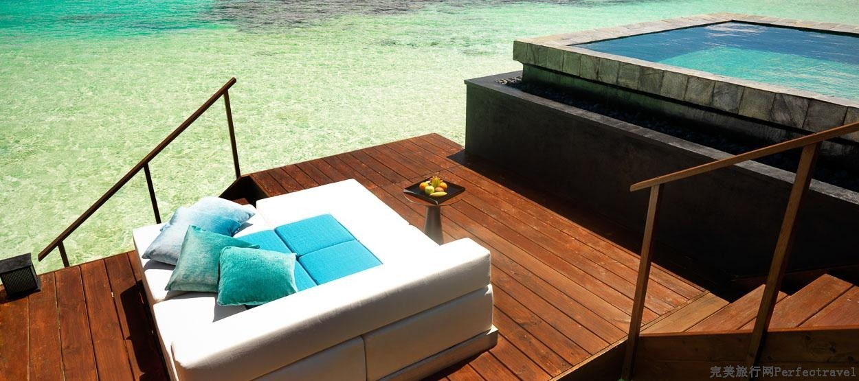 jumeirah-dhevanafushi-ocean-revives-beach-pool-hero.jpg